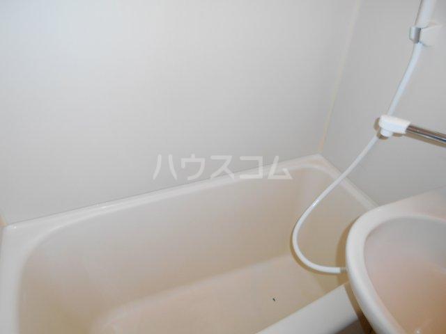 パレ・ドール八王子Ⅲ 201号室の風呂