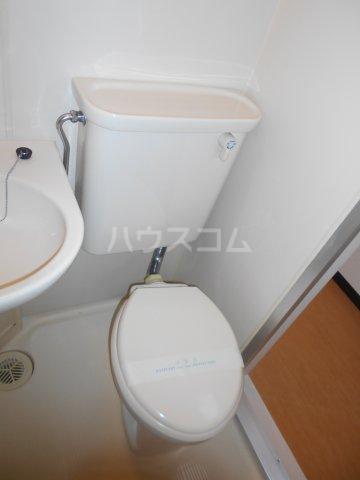 パレ・ドール八王子Ⅲ 201号室のトイレ