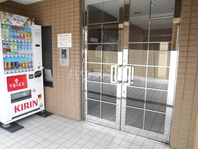 パレ・ドール八王子Ⅲ 201号室のエントランス