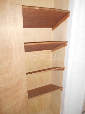 パレ・ドール八王子Ⅲ 201号室の玄関