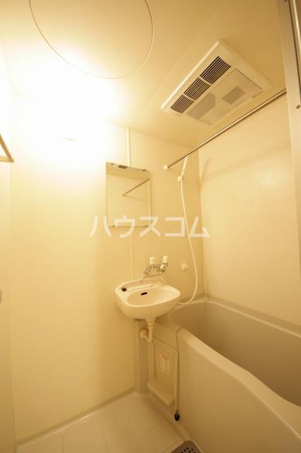 クリア吉塚 202号室の風呂
