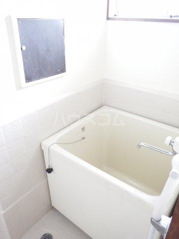 メゾンドマツキ 302号室の風呂