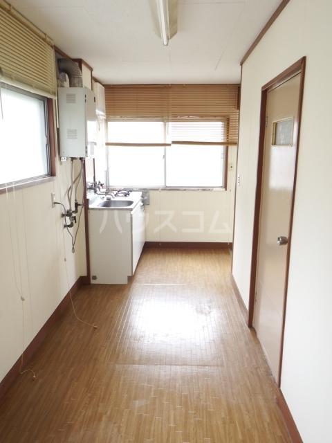 メゾンドマツキ 303号室のキッチン