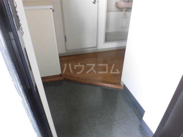 ゆざわマンション 306号室の玄関