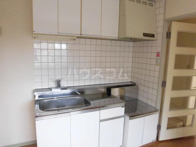 ゆざわマンション 306号室のキッチン