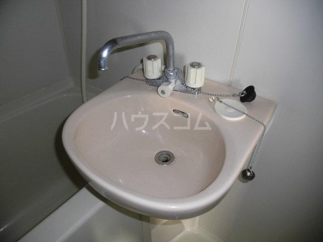ゆざわマンション 306号室の洗面所