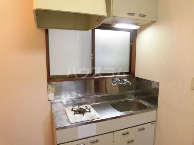 ローズハイツ 101号室のキッチン