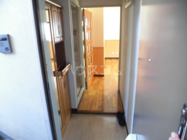 第2原田マンション 102号室の玄関