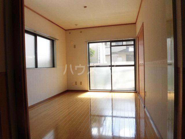 第2原田マンション 102号室の居室