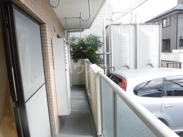 第2原田マンション 102号室のバルコニー