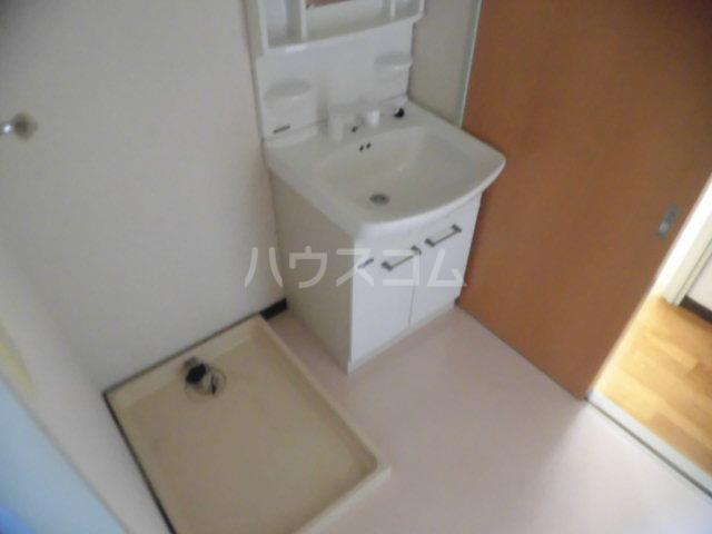 第2原田マンション 102号室の洗面所