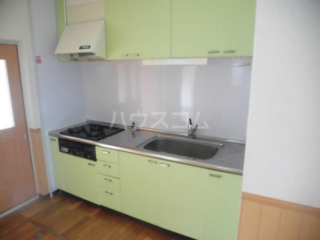 第2原田マンション 102号室のキッチン