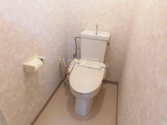 サンライズ大宮 105号室のトイレ