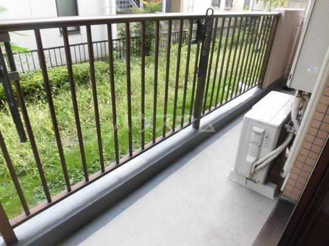 サンライズ大宮 105号室のバルコニー
