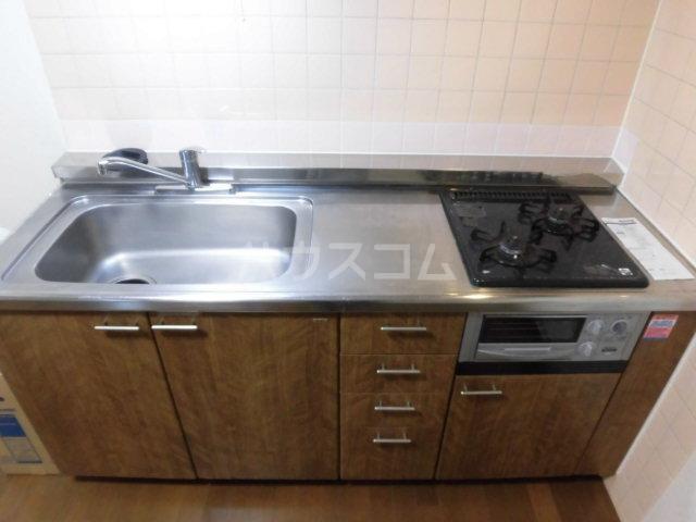 サンライズ大宮 105号室のキッチン