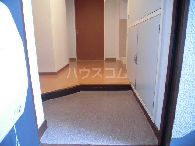 原田マンション 303号室の玄関