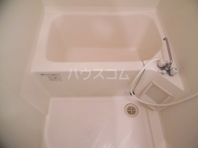 ジェイド・パレス 508号室の風呂