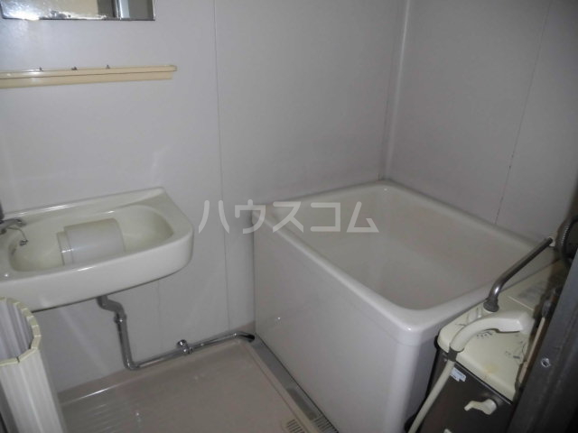 コスモハイツ佐知川 A201号室の洗面所