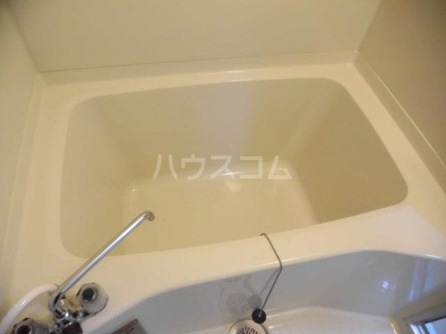 ガーデンヒルズ鐘塚 501号室の風呂