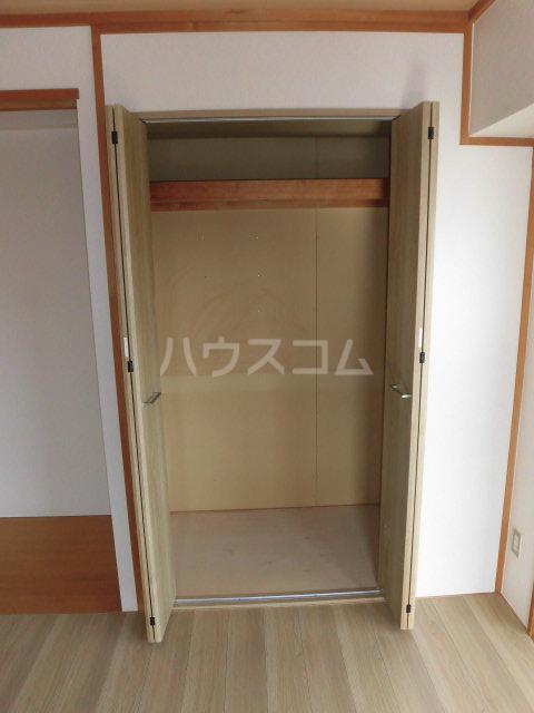 ガーデンヒルズ鐘塚 501号室の収納