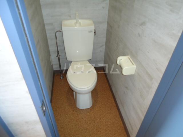 セレコーポ宝来 206号室のトイレ