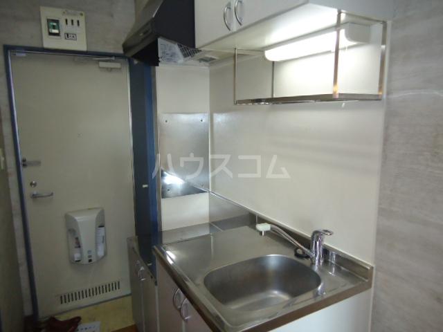 セレコーポ宝来 206号室のキッチン