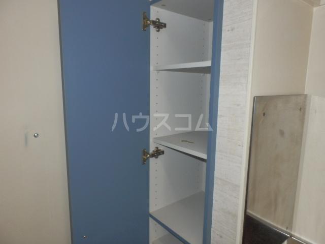 セレコーポ宝来 206号室の玄関