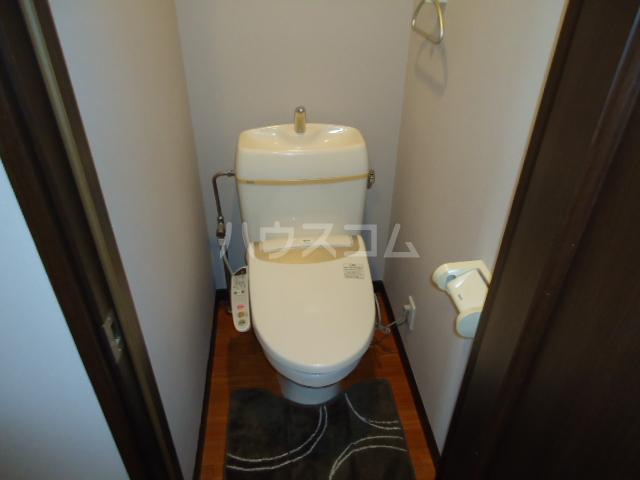 アーバンイースト 104号室のトイレ