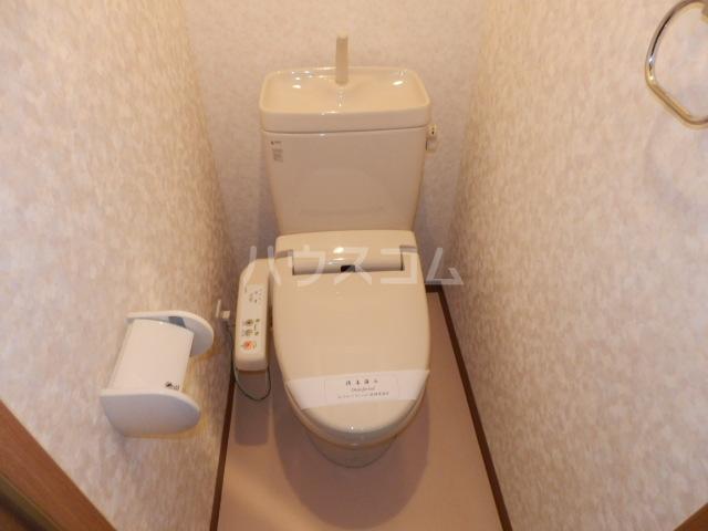 コンフォートマンション仲町 1013号室のトイレ
