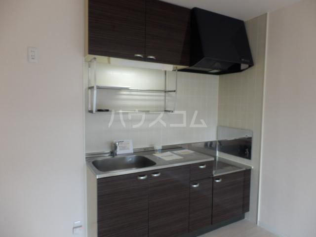 メゾンアルファⅠ 201号室のキッチン