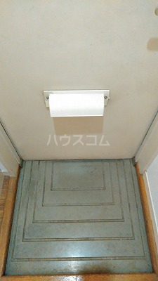 エステートピア星野Ⅱ 102号室の玄関