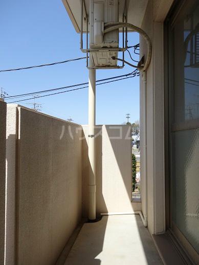 リヴェール 302号室のバルコニー