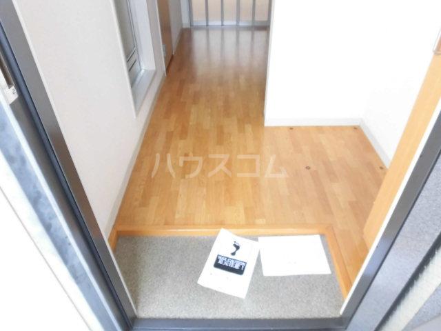 アクシーズ東大宮 203号室の玄関