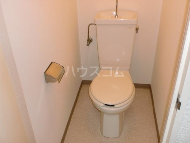 スカイハイツ 301号室のトイレ