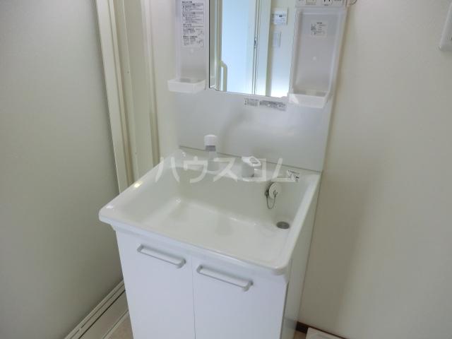アドシールセンタービレッジⅣ 103号室の洗面所