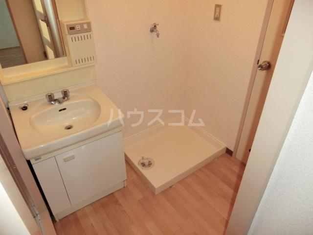 砂サンシャインシティ一番館 506号室の洗面所