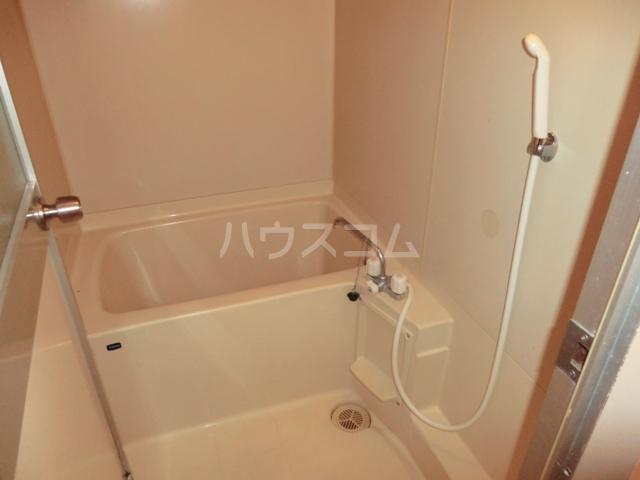 砂サンシャインシティ一番館 506号室の風呂