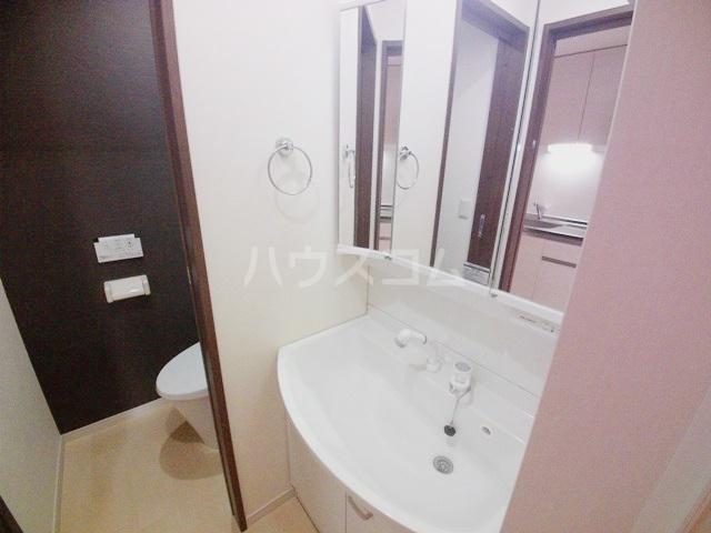 スプリーン 201号室の洗面所