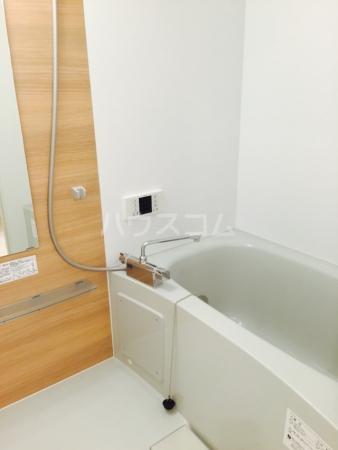 ガレリア西大宮 303号室の風呂