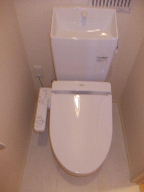 セントポーリア 201号室のトイレ