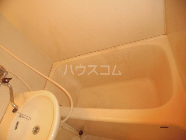 カーサパークサイド 302号室の風呂