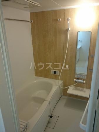 グランデⅠ 102号室の風呂