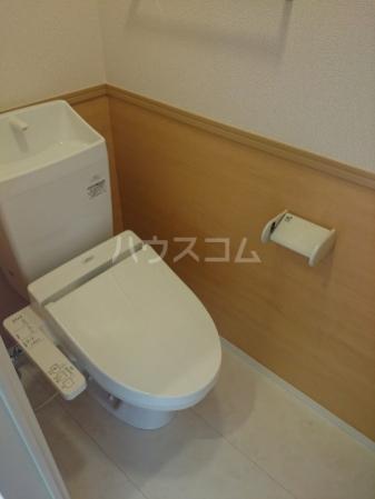 グランデⅠ 102号室のトイレ