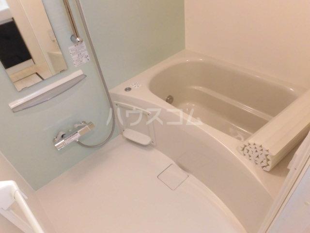 ビオラ・宮町 205号室の風呂