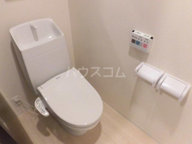 ビオラ・宮町 205号室のトイレ