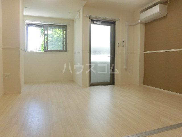 ビオラ・宮町 205号室の居室