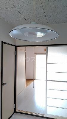 サモアール 103号室の居室