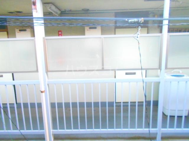 第10丸三マンション 203号室の景色