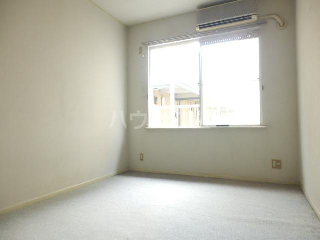 ラビアン7号館 105号室のリビング