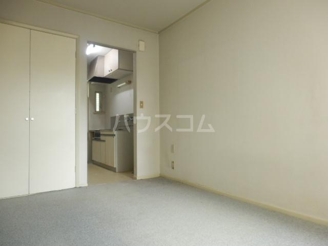 ラビアン7号館 105号室の居室
